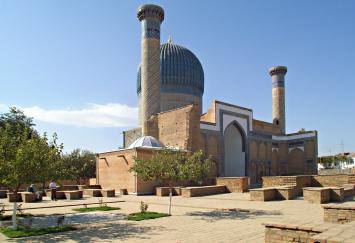 Gur-e-Amin in Samarkand, Uzbekistan by Wiggum (2006)
