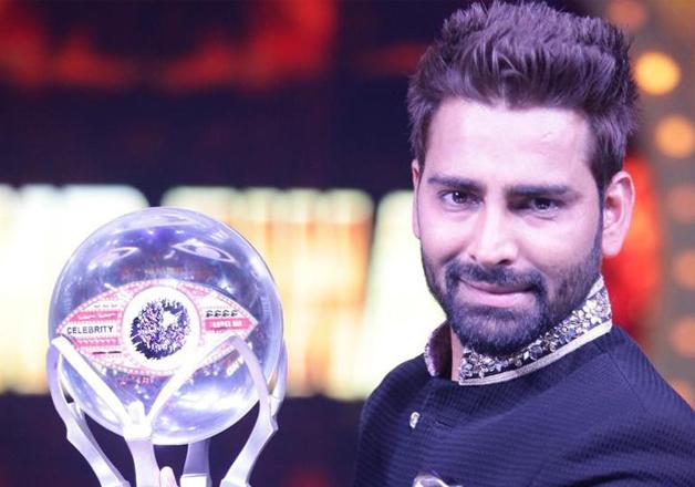 manveer-gujjar-with-trophy